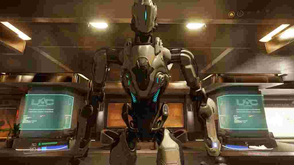 Доктор Хейден не робот, а людський розум на просунутому шасі