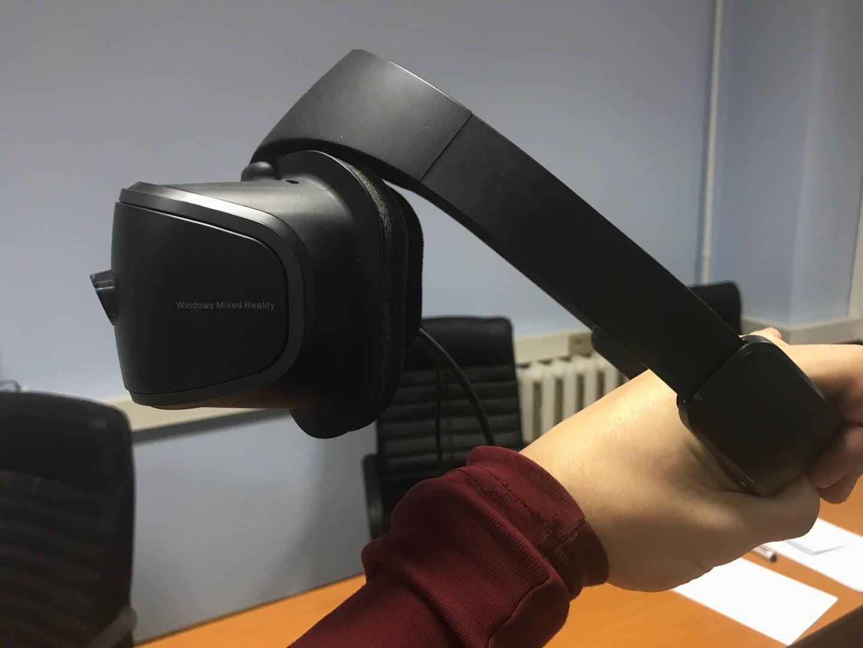 Огляд шолома віртуальної реальності Lenovo Explorer - PlayUA b010a0d2e5133