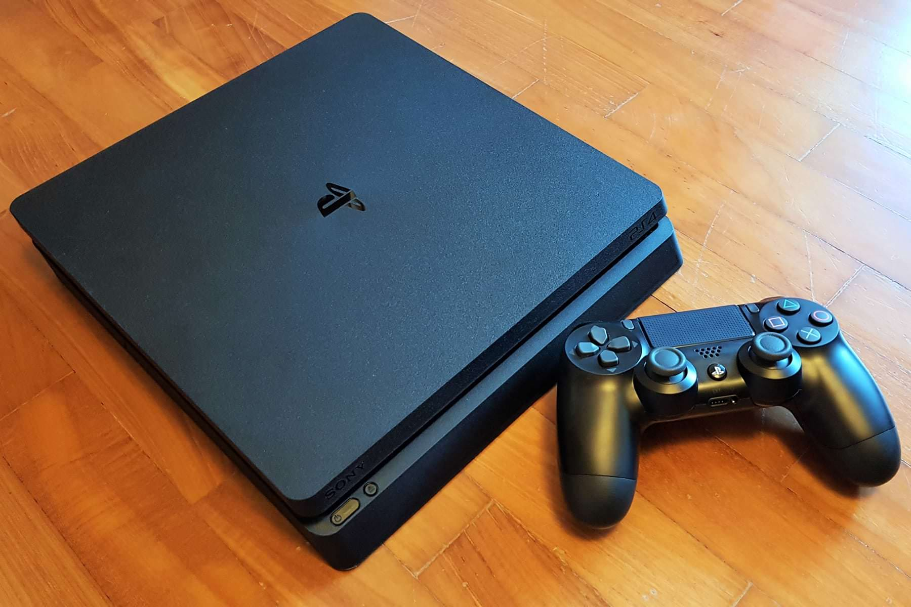 Sony-PlayStation-4-Slim-PS4-67